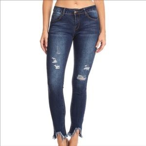 NEW Distressed Denim Jeans 28x29